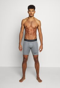 Nike Performance - SHORT - Pants - smoke grey/light smoke grey/black