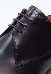 Magnanni - Elegantní šněrovací boty - black - 5