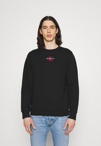 Calvin Klein Jeans - NEW ICONIC ESSENTIAL CREW NECK UNISEX - Sweatshirt - black - 0