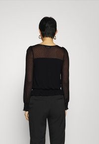 Dorothy Perkins - DOBBY SHIRRED - Long sleeved top - black - 2