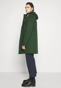 Scotch & Soda - CLASSIC PADDED JACKET - Zimní kabát - army - 4