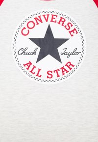 Converse - CHUCK PATCH RAGLAN TEE - Print T-shirt - birch heather - 2