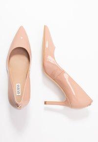 Guess - Classic heels - natural - 3