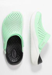 Crocs - LITERIDE - Sandalias planas - neo mint/almost white - 3