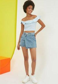 Trendyol - PARENT - Denim shorts - blue - 4
