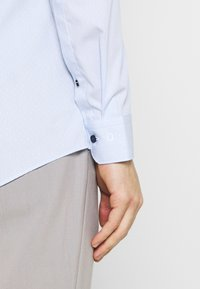 OLYMP No. Six - SIX - Formal shirt - bleu - 4