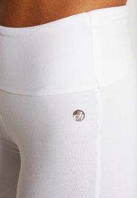 Deha - PANTA JAZZ - Teplákové kalhoty - white - 4