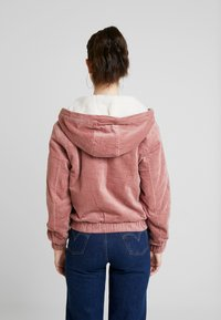 TWINTIP - Overgangsjakker - white/pink - 2