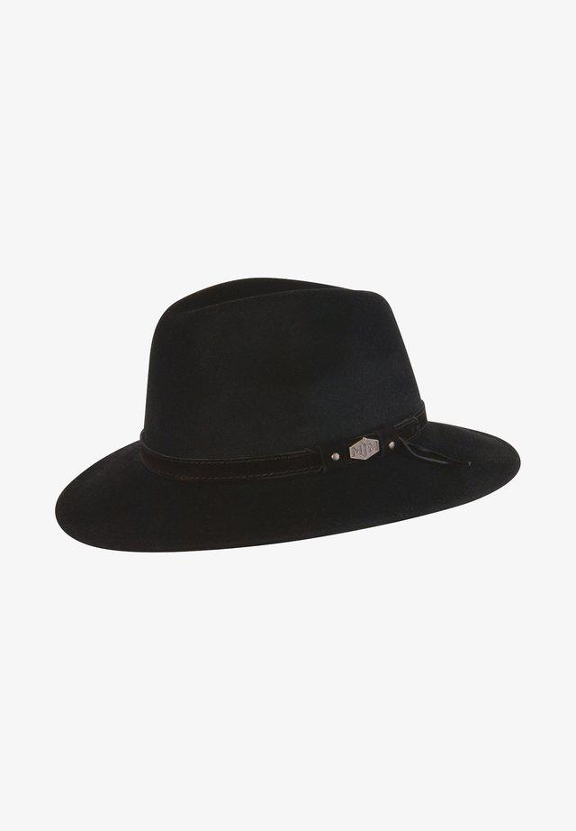 LEVI CRUSH - Hat - black