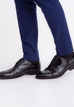 ZIBIDO - Elegantní šněrovací boty - black