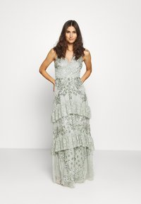 Maya Deluxe - SLEEVELESS V NECK EMBELLISHED DRESS WITH TIERED SKIRT - Robe de cocktail - green - 1