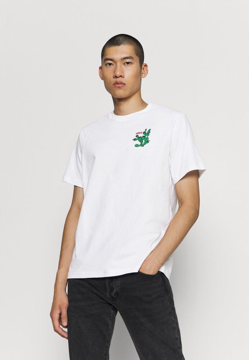 Levi's® - TEE - Print T-shirt - white