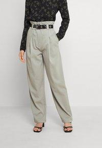 EDITED - DANA PANTS - Trousers - grau - 0