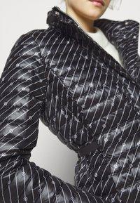 MICHAEL Michael Kors - BELTED PUFFR - Down jacket - black/white - 6