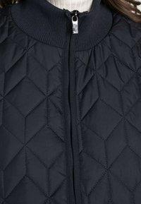 Ilse Jacobsen - PADDED QUILT COAT - Classic coat - dark indigo - 4