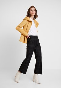 ONLY - ONLSEDONA LIGHT JACKET - Chaqueta fina - golden yellow - 1