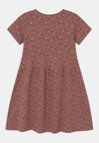 Cotton On - FREYA SHORT SLEEVE  - Robe en jersey - chutney/gold - 1