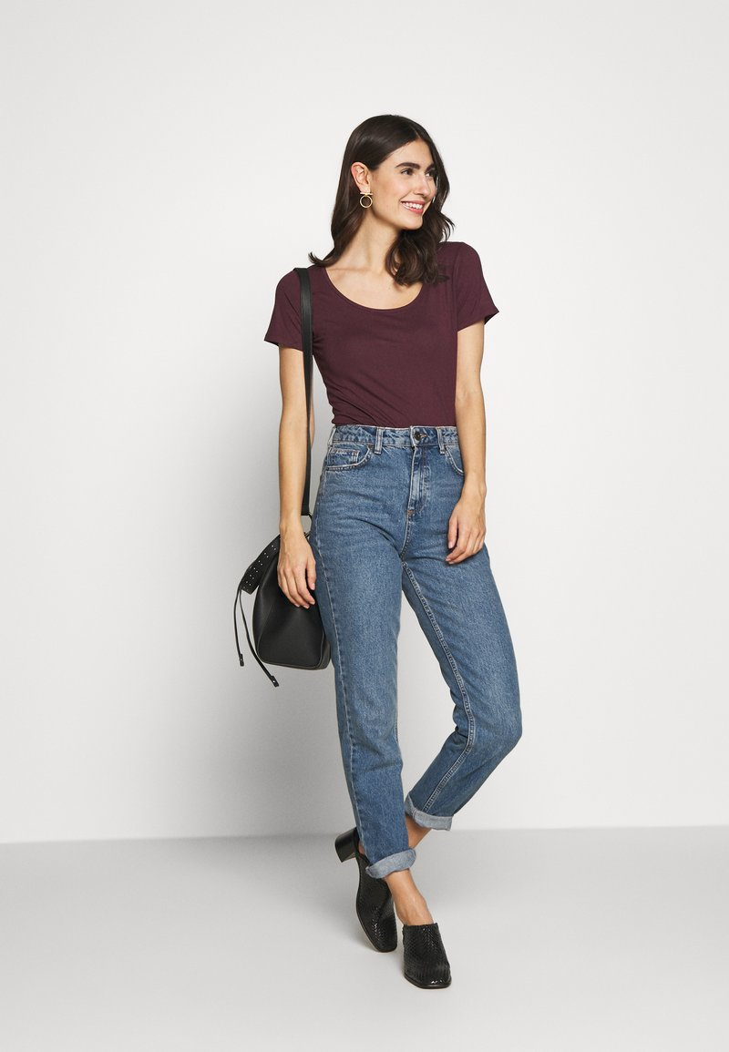 Anna Field - 2ER PACK  - Basic T-shirt - burgundy_black