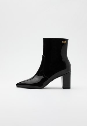 LINARIA  - Classic ankle boots - black