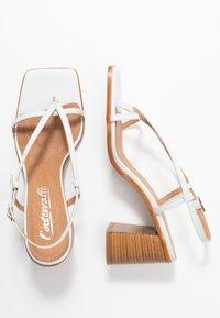 L'INTERVALLE - PASION - Sandály s odděleným palcem - blanco star - 3