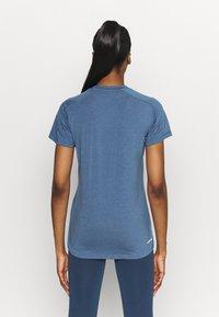 adidas Performance - T-shirt basique - blu/white - 2