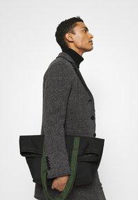 Mason's - SIGNORIA - Krátký kabát - grey - 4