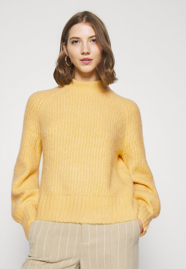 SONJA - Pullover - yellow dusty light