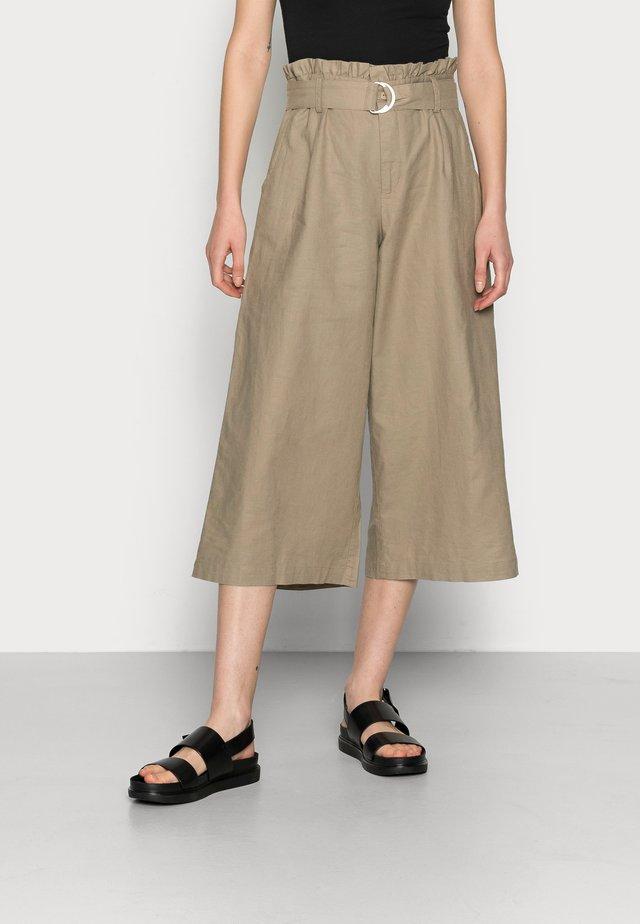 LNLAUREN CULOTTE - Pantalon classique - vintage khaki