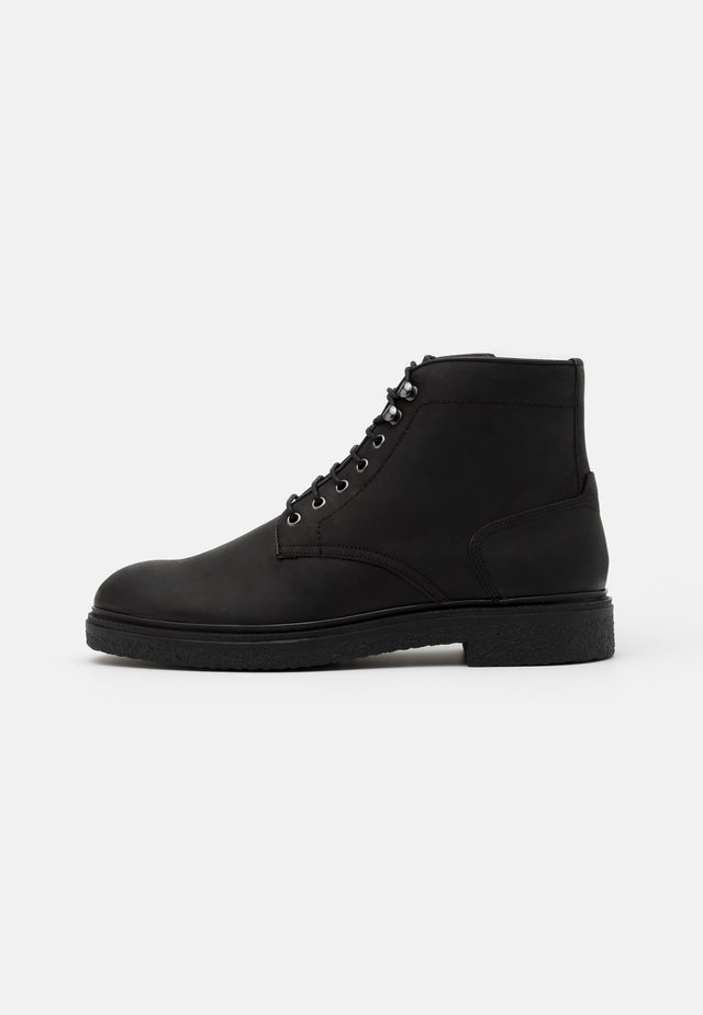 JENNINGS - Bottines à lacets - black
