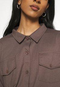 Missguided - POCKET DETAIL - Skjorte - brown - 5