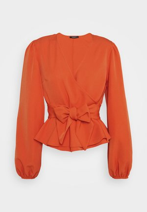 Blouse - peach