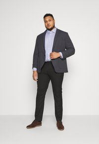 Selected Homme - SLHHIKEN BLAZER - Blazer jacket - dark navy - 1
