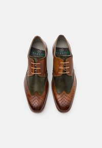 Bugatti - RANGER - Smart lace-ups - cognac/dark green - 3
