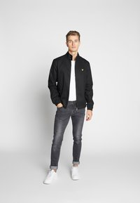 Lyle & Scott - HARRINGTON JACKET - Tunn jacka - jet black - 1