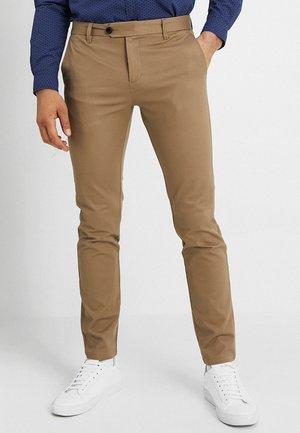 SLHSLIM CARLO PANTS - Kalhoty - sepia tint