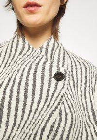 Iro - JENM - Short coat - ecru - 5