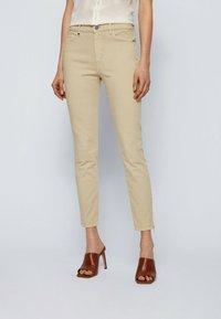BOSS - Jeans Skinny Fit - beige - 0