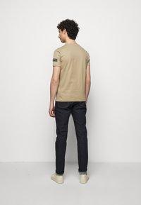 Iceberg - T-shirt print - beige - 2