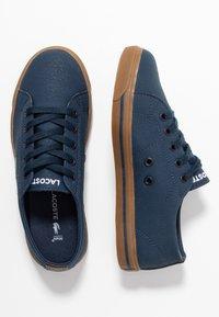 Lacoste - RIBERAC - Sneakersy niskie - navy - 0