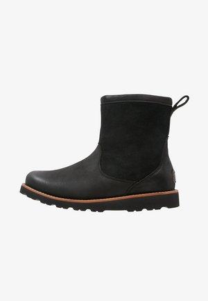 HENDREN - Winter boots - black