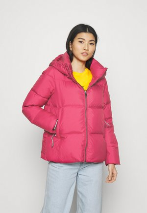PUFFY HOODED - Gewatteerde jas - royal magenta