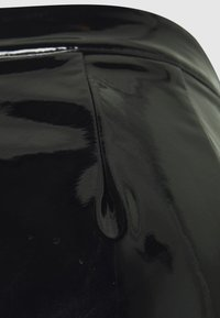 Missguided - Shorts - black - 2