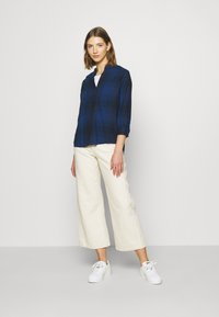 Lee - ESSENTIAL BLOUSE - Blouse - washed blue - 1