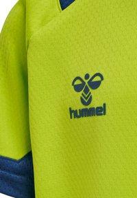 Hummel - Print T-shirt - lime punch - 3