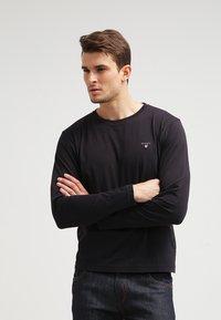 GANT - THE ORIGINAL - Langærmede T-shirts - black - 0