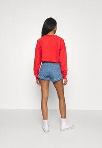 Levi's® - MOM LINE  - Short en jean - light blue denim - 2