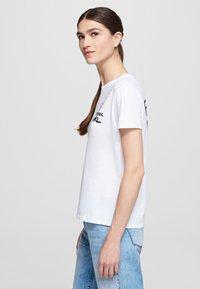 KARL LAGERFELD - FOREVER KARL - Print T-shirt - white - 3