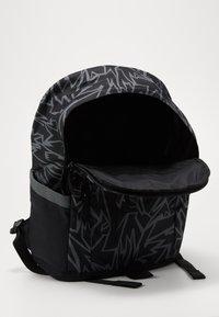 Nike Sportswear - ALL ACCESS SOLEDAY - Sac à dos - black/iron grey/white - 3