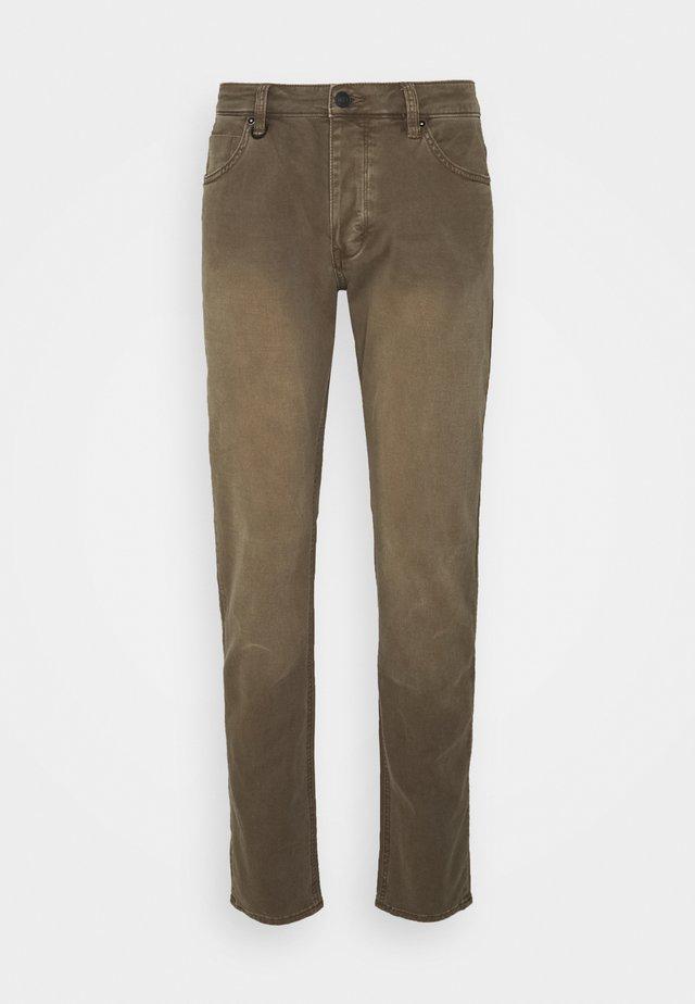 LOU  - Slim fit jeans - desert