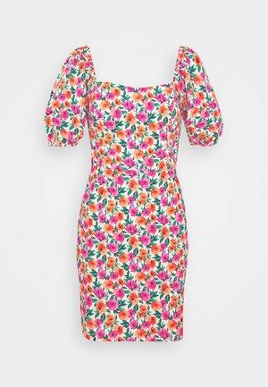 SWEETHEART NECKLINE DRESS - Denní šaty - red